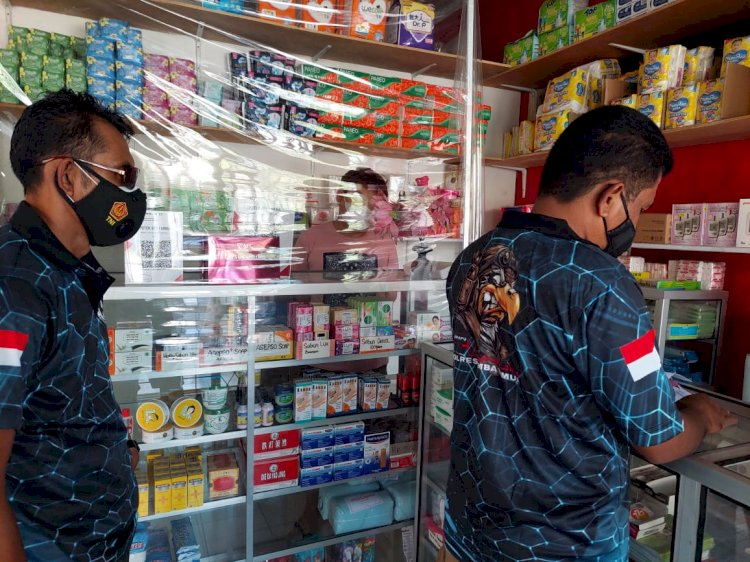 Satresnarkoba Polres Sumba Timur Awasi Penjualan Antibiotik Selama Pandemi di Sejumlah Apotek