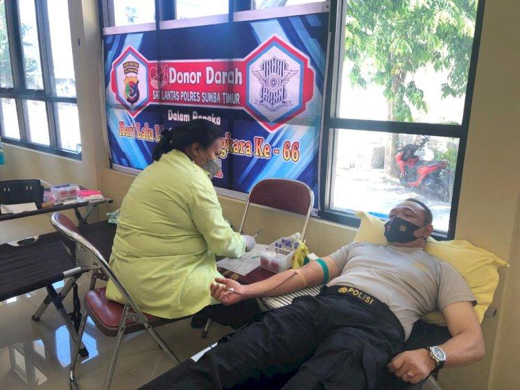 Sambut Hari Lalu Lintas Bhayangkara Ke-66, Polres Sumba Timur Gelar Donor Darah