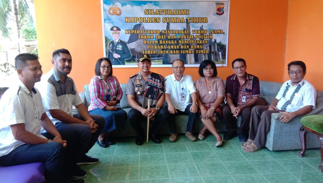 Ciptakan Pilkada Damai di Sumba Timur, Kapolres Silahturahmi ke Tokoh Agama Kristen